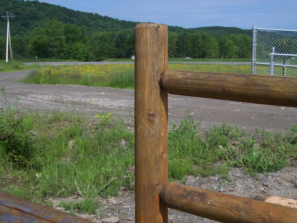 Rail Fences Round Hill Fence