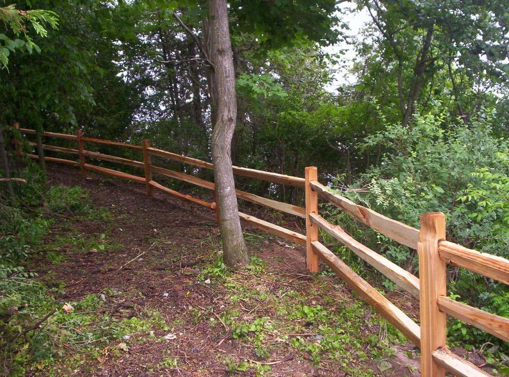 Red Cedar Round Hill Fence