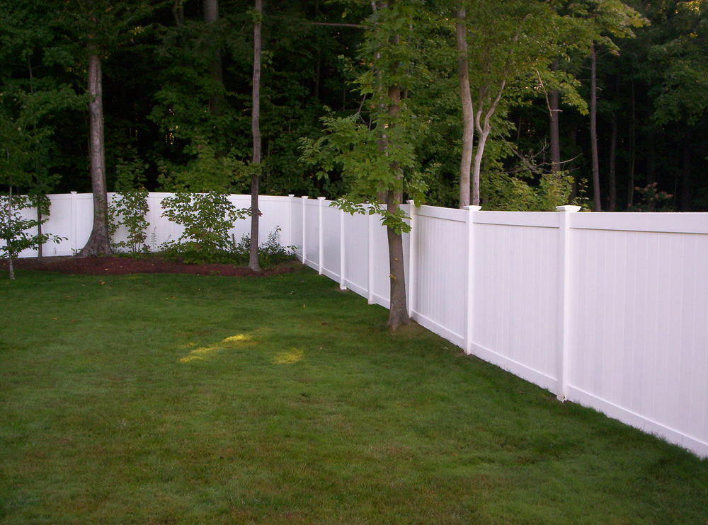 Burlington VT Vinyl Fence Gallery Round